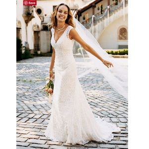 Women's All Over Beaded Lace Trumpet Wedding Gown
